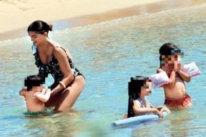 Μοναχικές διακοπές για την Σταματίνα Τσιμιτσιλή: Οι βουτιές με τα παιδιά και τα δόντια του γιου της!