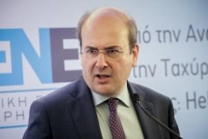 """Σοκάρει ο Χατζηδάκης: """"Η ΔΕΗ δεν έχει χρήματα ούτε για κολώνες""""!"""