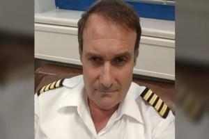 Το σπαρακτικό μήνυμα της συζύγου του άτυχου πιλότου στον Πόρο:  «Δεν θα...!» (photo)