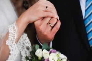 """Μήπως τελικά ο γάμος """"σκοτώνει"""" τον έρωτα;"""