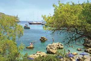 Ρόδος: Κολυμπήστε στις μαγευτικές παραλίες της!