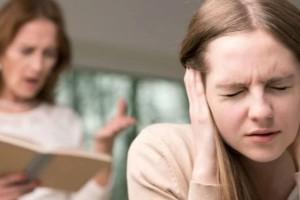 """Αληθινή εξομολόγηση: """"Η κόρη του άντρα μου είναι κακομαθημένη και δεν την θέλω στο σπίτι μου!"""""""