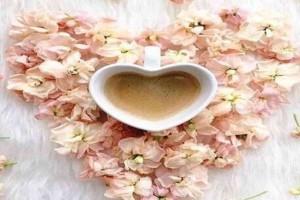Πώς θα δώσεις γεύση στον καφέ χωρίς προσθήκη ζάχαρης! - 5 tips με 0 θερμίδες!