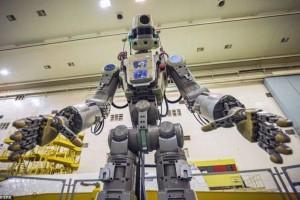 Fedor το ρομπότ  που ετοιμάζεται για τον Διεθνή Διαστημικό Σταθμό! (Video)