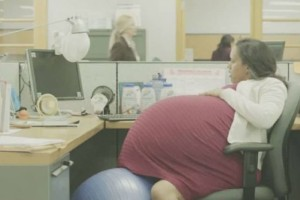 Όντως τώρα; Έγκυος γυναίκα για 260 εβδομάδες! (video)