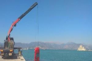 Ναύπλιο: Αυτοκίνητο έπεσε στη θάλασσα! (photos)