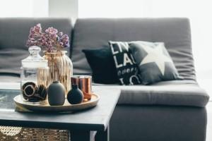 Διακοσμήστε το σπίτι σας χωρίς να χαλάσετε πολλά λεφτά!