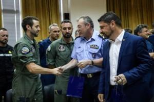Το «ευχαριστώ» στους Ιταλούς και Ισπανούς πιλότους για την βοήθεια στην φωτιά της Εύβοιας! (photos)