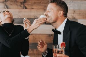 Ευαγγελία 42 ετών: Ο άντρας μου είναι άπιστος αλλά μένω μαζί του για τα λεφτά!