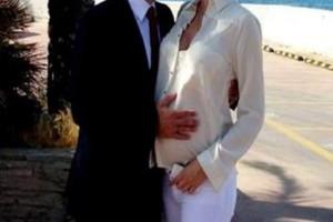 Παίρνει διαζύγιο πασίγνωστη Ελληνίδα;