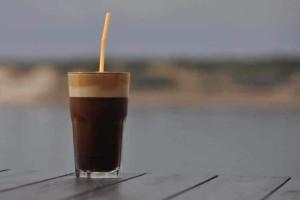 Φραπέ: Ο αγαπημένος καφές των Ελλήνων ανακαλύφθηκε τυχαία!