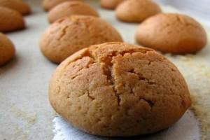 Μία εύκολη συνταγή: Νηστίσιμα κουλουράκια με λάδι και κανέλα!