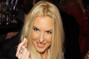 Αποκάλυψη για Αννίτα Πάνια: Η... σχέση με την πρώην του Νίκου Καρβέλα στο νέο της επαγγελματικό βήμα!