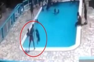 Τραγωδία: Αγόρι έπνιξε 15χρονη σε πισίνα! (photo)
