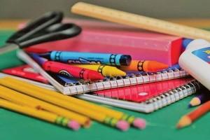 Γονείς δώστε βάση: Αυτές είναι οι χαμηλότερες τιμές σχολικών ειδών!