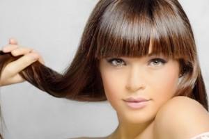 Το μυστικό για τέλεια ισιωμένα μαλλιά!