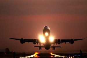 Πτήση «θρίλερ» για αεροπλάνο στο βόρειο Αιγαίο:  Αναγκαστική προσγείωση στο αεροδρόμιο της Μυτιλήνης!