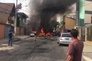 Τραγωδία: Αεροπλάνο συνετρίβη σε κατοικημένη περιοχή! Τρεις νεκροί! (Video)
