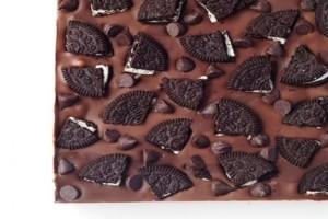 Σοκολατένιο γλυκό ψυγείου με 3 μόνο υλικά!