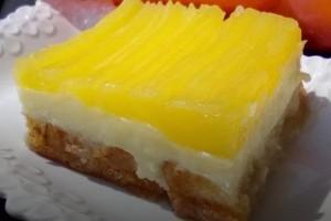 Γλυκό ψυγείου με φρυγανιές κρέμα και κρέμα από πορτοκάλι!