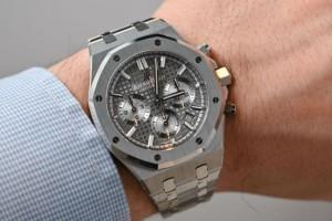 Γαλλία: Του έκλεψαν ρολόι αξίας 800.000 ευρώ ζητώντας του ένα τσιγάρο!