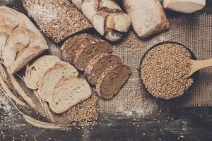 Φουλ του υδατάνθρακα: Ένα ψωμί γεμισμένο με ζυμαρικά!