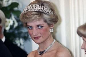 Οι τσάντες που πήραν το όνομα τους από την πριγκίπισσα Νταϊάνα! (Photos)