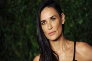 Αποκάλυψη - σοκ από τη Ντέμι Μουρ: Με βίασε Έλληνας επιχειρηματίας! (Video)