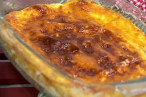 Λαχταριστή και αλμυρή γαλατόπιτα με φέτα χωρίς φύλλο! (Video)