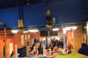 Ανατριχιαστικό ατύχημα για αθλητή: Έσπασε το λαιμό του επιχειρώντας άλμα με τριπλή κωλοτούμπα! (Video)