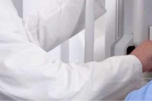 Δωρεάν ιατρικές εξετάσεις μαστού και συνταγογράφηση μαστογραφίας!