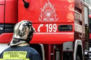Θεσσαλονίκη: Έδωσαν μάχη με τις φλόγες σε εργοστάσιο ανακύκλωσης!