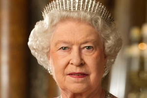 Βασίλισσα Ελισάβετ: Τι απαντά για την επιστροφή των γλυπτών του Παρθενώνα;