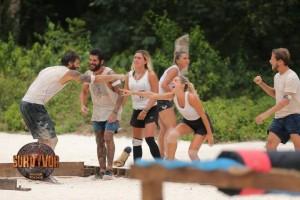 """Υπόκλιση: Τρομερή κίνηση από παίκτες του """"Survivor Ελλάδα - Τουρκία""""!"""