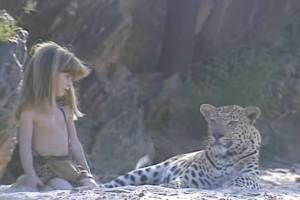 Απίστευτο: Το παιδί που κάνει παρέα με άγρια λεοπάρδαλη! (Βίντεο)