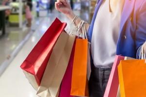 Ποια Κυριακή θα είναι ανοιχτά τα καταστήματα;