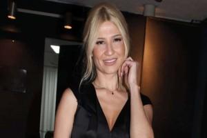 """Φαίη Σκορδά: Το φόρεμα της που """"σπάει"""" ταμεία! Σας το βρήκαμε μόλις με 79 ευρώ"""