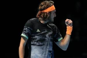 ATP Finals: Στέφανε σήκωσέ το! (videos)