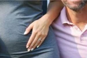 Χωρισμός βόμβα στην showbiz: Την παρατάει έγκυο μετά από 10 χρόνια!