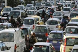 Μποτιλιάρισμα από σύγκρουση αυτοκινήτου στον Κηφισό!