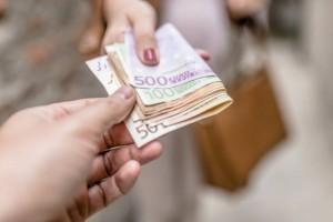 Τεράστια ανάσα: Από 570 ευρώ στους τραπεζικούς σας λογαριασμούς!
