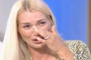 Καταρρακωμένη η Βικτώρια Καρύδα: Η πάθηση που της «χτύπησε» την πόρτα!