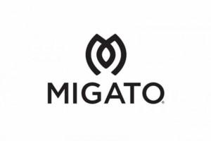 Migato: Βρήκαμε το μαύρο μεταλλιζέ αθλητικό που είναι σε έκπτωση!