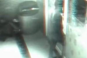 """Τρόμος: Φάντασμα """"μπαίνει"""" σε κατάστημα! (Video)"""