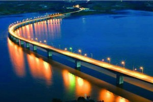 Γέφυρα Σερβιών Κοζάνης (Νεράιδα). Η ομορφότερη γέφυρα της Ελλάδας από ψηλά (Video)!