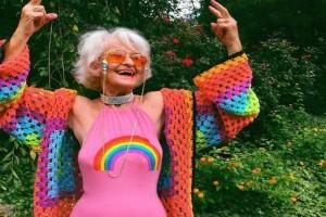 Θυμάστε την 86χρονη γιαγιά που έγινε είδωλο στο Instagram; Σε ηλικία 88 ετών είναι μια... άλλη!