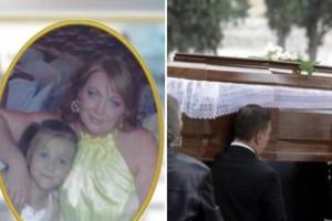 Σπαραγμός και οδύνη στην κηδεία μάνας και κόρης: Τραγικές φιγούρες πατέρας και αδελφές!