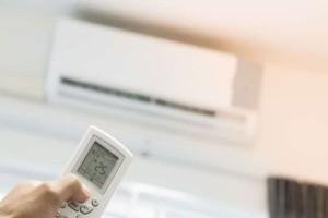 Βάζετε το κλιματιστικό στο ζεστό; Δείτε από τι κινδυνεύετε! (Video)