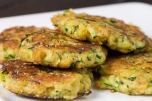 Οι πιο νόστιμοι κολοκυθοκεφτέδες με πατάτα στο φούρνο!