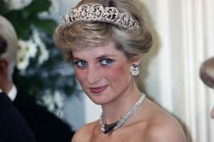 Έτρεχε για να ξεφύγει η πριγκίπισσα Νταϊάνα: Φωτογραφία ντοκουμέντο για πρώτη φορά στη δημοσιότητα!